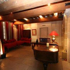 Отель La Maison d'Anne интерьер отеля