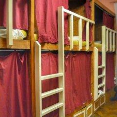 Хостел Fight night (закрыт) Кровать в женском общем номере с двухъярусными кроватями фото 8