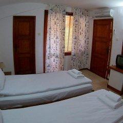 Hotel Alex 2* Стандартный номер с двуспальной кроватью фото 4