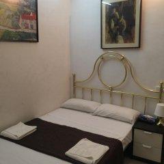 Отель Hostal Mont Thabor Номер категории Эконом с различными типами кроватей фото 15