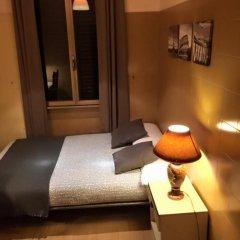 Отель Overseas Guest House Стандартный номер с различными типами кроватей (общая ванная комната) фото 6