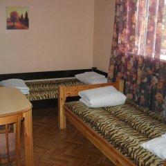 Отель Elizabeths Youth Hostel Латвия, Рига - отзывы, цены и фото номеров - забронировать отель Elizabeths Youth Hostel онлайн комната для гостей фото 4