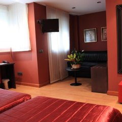 Отель Villa De Barajas Испания, Мадрид - 8 отзывов об отеле, цены и фото номеров - забронировать отель Villa De Barajas онлайн комната для гостей фото 2
