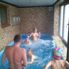 Гостиница Sadyba Karpatska Kazka бассейн фото 3