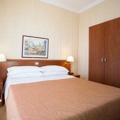 Hotel Dei Fiori сейф в номере