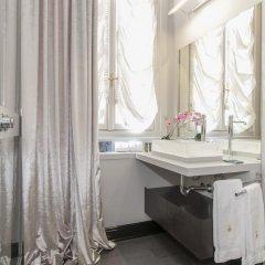 Отель Milan Royal Suites - Centro Cadorna Италия, Милан - отзывы, цены и фото номеров - забронировать отель Milan Royal Suites - Centro Cadorna онлайн ванная