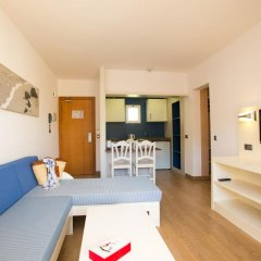 Отель Aparthotel Cabau Aquasol Апартаменты с 2 отдельными кроватями фото 5