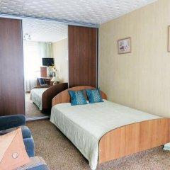 Гостиница Floreta в Тюмени отзывы, цены и фото номеров - забронировать гостиницу Floreta онлайн Тюмень комната для гостей фото 3