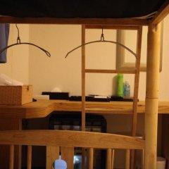 Отель Atti Guesthouse 2* Кровать в мужском общем номере с двухъярусной кроватью фото 3