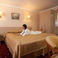 Амакс Премьер Отель Стандартный номер разные типы кроватей фото 38