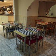 Отель Playa Sol Costa Brava Испания, Льорет-де-Мар - отзывы, цены и фото номеров - забронировать отель Playa Sol Costa Brava онлайн питание фото 3
