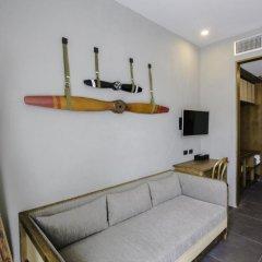 Отель Marina Express-AVIATOR-Phuket Airport Номер Делюкс с двуспальной кроватью фото 8