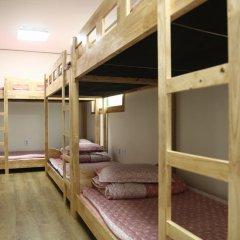 Fortune Hostel Jongno Кровать в мужском общем номере с двухъярусной кроватью фото 3