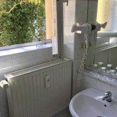 Отель Castell Германия, Берлин - 12 отзывов об отеле, цены и фото номеров - забронировать отель Castell онлайн ванная