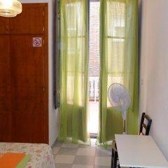 Отель Pensión Olympia 2* Стандартный номер с двуспальной кроватью (общая ванная комната) фото 19