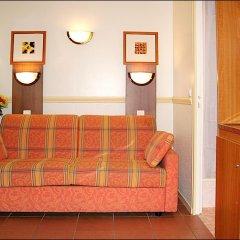 Отель Pavillon Courcelles Parc Monceau 3* Номер Бизнес с различными типами кроватей фото 4