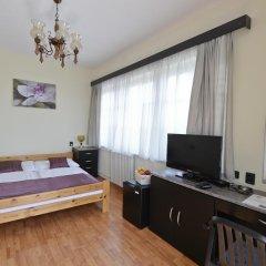 Budai Hotel 3* Стандартный номер с двуспальной кроватью фото 6