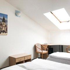 Hotel Inturprag 3* Стандартный номер с различными типами кроватей