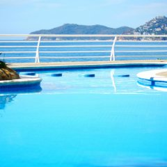 Отель Holiday Inn Resort Acapulco бассейн