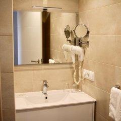 Отель Hostal Jakiton Стандартный номер с различными типами кроватей фото 6