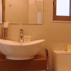 Отель Royalty Suites ванная фото 2