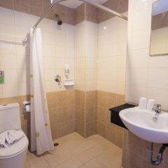 Sharaya Patong Hotel 3* Стандартный семейный номер с двуспальной кроватью