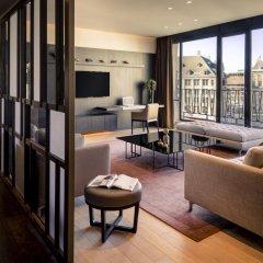NH Collection Amsterdam Grand Hotel Krasnapolsky 5* Улучшенный номер с двуспальной кроватью фото 7