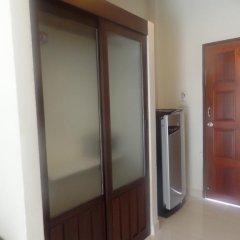Отель Kasemsuk Guesthouse Стандартный номер с различными типами кроватей фото 6
