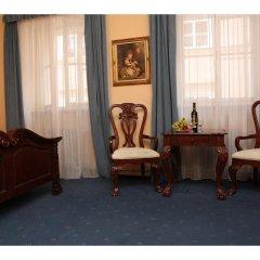 Отель Prague Golden Age Номер с общей ванной комнатой фото 2