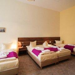 Отель Hotelpension Margrit 2* Стандартный номер с различными типами кроватей фото 11
