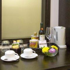 Hoi An Historic Hotel 4* Улучшенный номер с различными типами кроватей фото 5