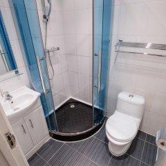 Newham Hotel 2* Номер с общей ванной комнатой с различными типами кроватей (общая ванная комната) фото 4