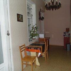 Отель Nataly Guest House 2* Номер категории Эконом с различными типами кроватей фото 7