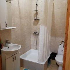 Гостиница Play Hostel Украина, Львов - отзывы, цены и фото номеров - забронировать гостиницу Play Hostel онлайн ванная