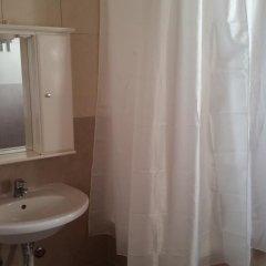 Отель Guest House Host O Morro Кровать в женском общем номере с двухъярусными кроватями фото 5