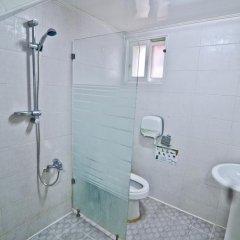 Отель Kimchee Hongdae Guesthouse Кровать в общем номере с двухъярусной кроватью фото 12