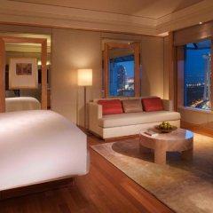 Отель The Ritz-Carlton, Millenia Singapore 5* Номер Deluxe Kallang с двуспальной кроватью фото 3