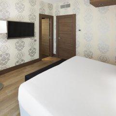 Отель NH Collection Milano President 5* Люкс с различными типами кроватей фото 6