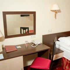 Гостиница AMAKS Центральная Улучшенный номер разные типы кроватей фото 5