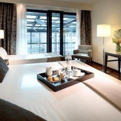 Отель Eurostars Berlin 5* Стандартный номер с двуспальной кроватью фото 4