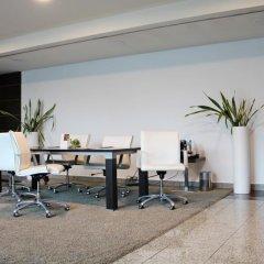 Отель Crowne Plaza Madrid Airport фото 4