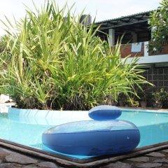 A-Prima Hotel бассейн