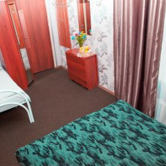 Marusya House Hostel Стандартный семейный номер с двуспальной кроватью фото 2