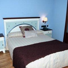 Отель Albares комната для гостей