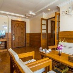Ayarwaddy River View Hotel 3* Люкс с различными типами кроватей фото 4