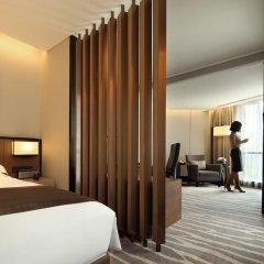 Отель InterContinental Shanghai Hongqiao NECC Улучшенный номер с двуспальной кроватью