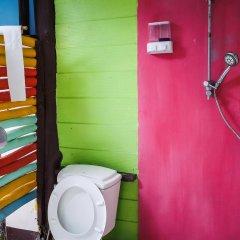 Leaf House Bungalow - Hostel Бунгало с различными типами кроватей фото 4