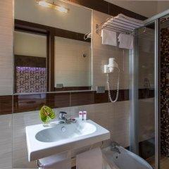 Hotel Dei Mille 2* Улучшенный номер с различными типами кроватей фото 3