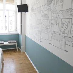 Отель Lisbon Check-In Guesthouse 3* Стандартный номер с различными типами кроватей (общая ванная комната) фото 2
