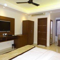 Отель B Continental Индия, Нью-Дели - отзывы, цены и фото номеров - забронировать отель B Continental онлайн удобства в номере